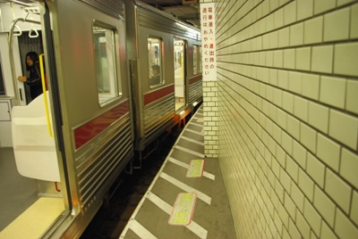 浅草駅20100402-2