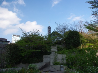 霊南坂教会十字架20100417