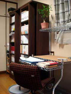 本棚もほぼ完成