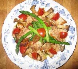 鶏胸肉のローストのサラダ