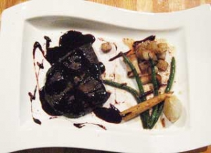 牛ランプ肉のステーキ ソース・ボルドレーズ