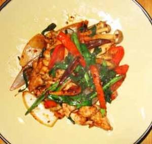 鶏腿肉のチリ・イン・オイル炒め