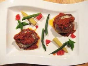 仔羊のカツレツ パルミジャーノ風トマトソース