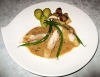 鶏腿肉のブレゼ ポルチーニ風のクリームソース