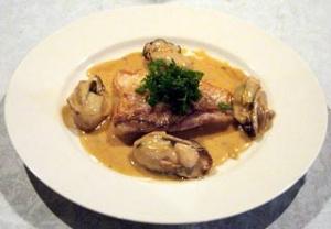 甘鯛のブレゼ、牡蠣のフリカッセ添え