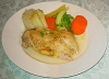 プロポ(鶏腿肉の水炊き) 皿に盛り付けた場合
