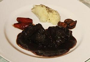 ポトフ スネ肉のデミグラスシチュー