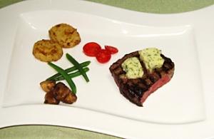 牛フィレ肉のグリル メートル・ドテル・バター添え