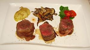 アメリカ牛リブロース パンチェッタ巻きステーキ