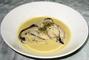 牡蠣のスープ仕立て ほうれん草添え