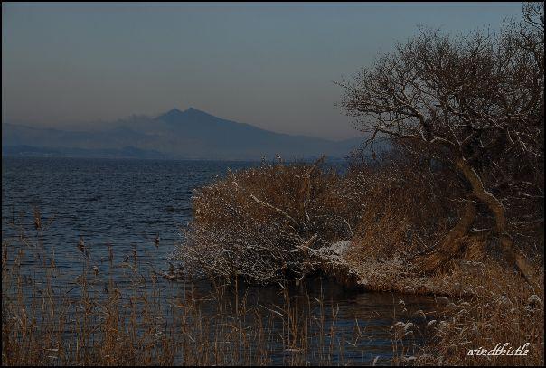 霞ケ浦と筑波山2