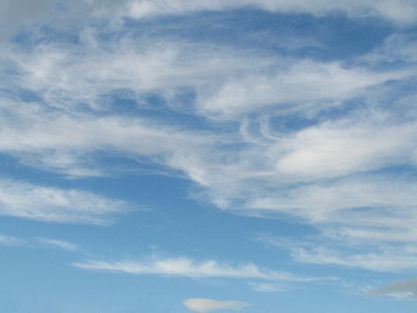北の空の巻雲