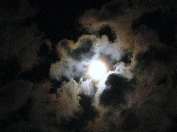 ハートの雲?
