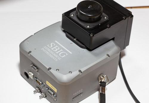 冷却CCDカメラ
