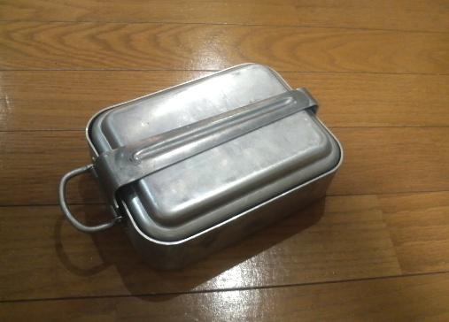 【再掲】飯盒でご飯を炊くのって日本軍(自衛隊) …