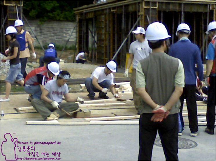 2008.6 バンダナ画像.JPG