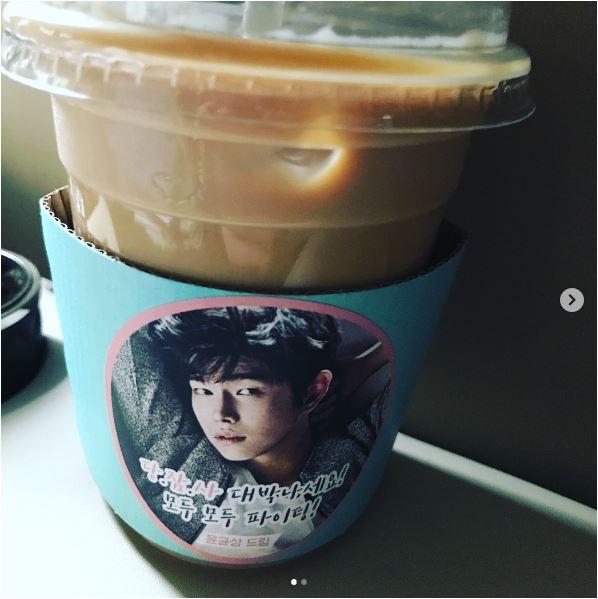 7-応援CAFEカー 0.JPG
