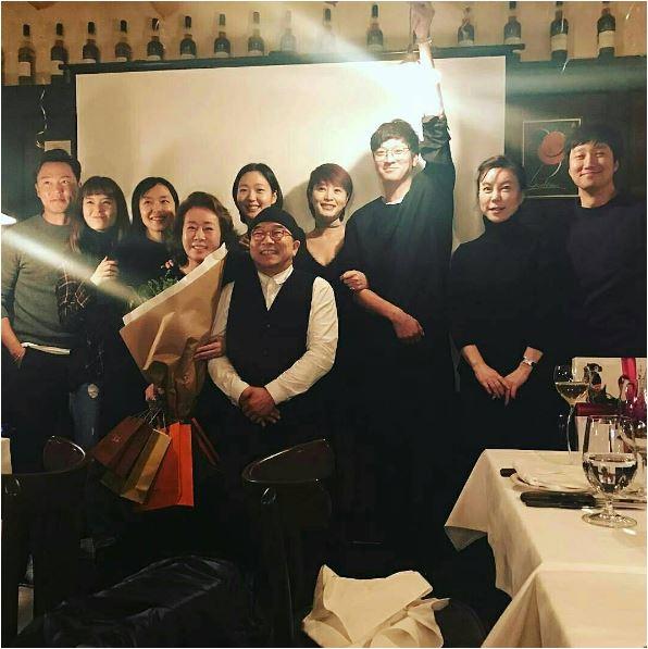 2016.12 ユンヨジョン祝賀会1.JPG
