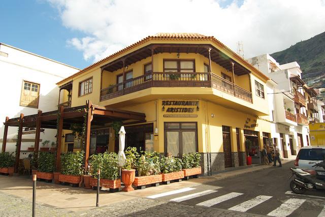 12-ampliada_restaurante_aristides_2.jpg