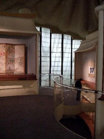 日本の掛け軸が中心