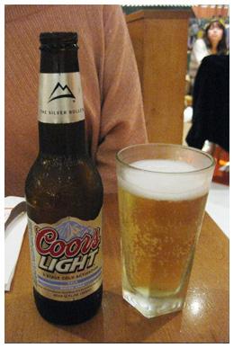 ジュニアズでビール