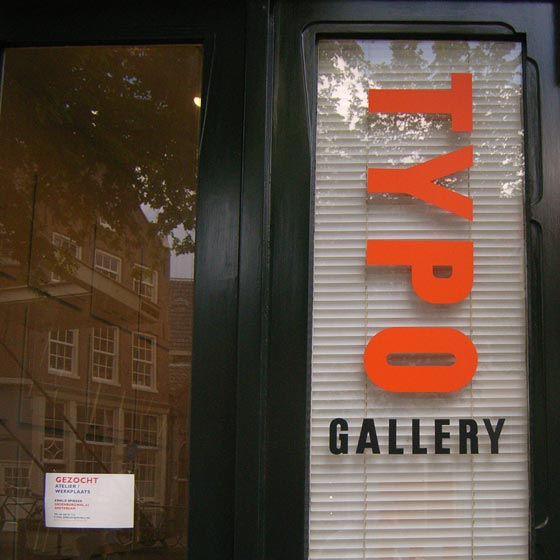 Typo gallery in Ams
