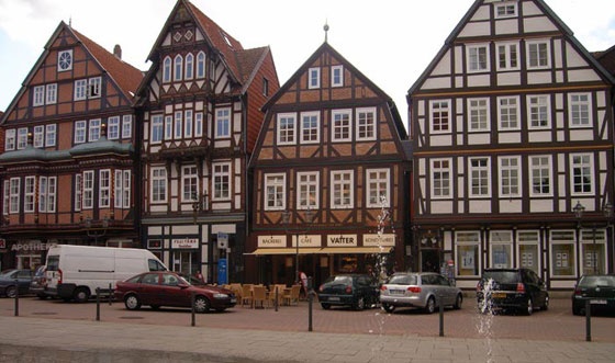 Celle Row