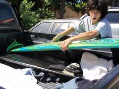 友達:キーアン(康平の友達:ケイシーのお兄ちゃん!)のトラック<トヨタのタンドラ>に乗って〜・・・