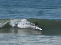 この波、すごくデカク見えるけど・・・・