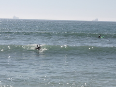 漕いでも漕いでも、割れない波に・・・ショートじゃチョとねぇ〜・・・・