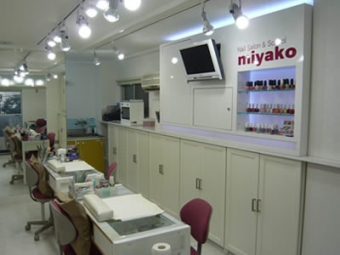 ネイルスクール 大阪 ネイルサロン&スクール MIYAKO