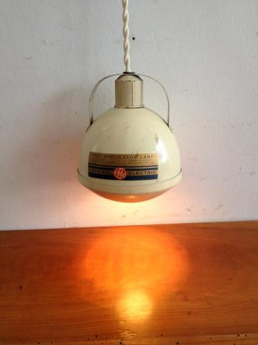 アメリカヴィンテージペンダントランプ/インダストリアル/General Electric Heat Lamp