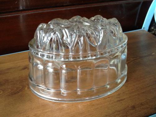 イギリスアンティーク ガラスのゼリーモールド