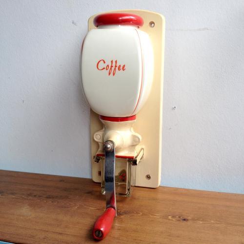 オランダヴィンテージ DeVe社壁掛けコーヒーミル/グラインダー