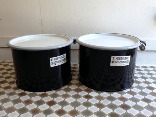 アメリカデッドストック アメリカ軍 hazardous materials drum/危険物保管用缶