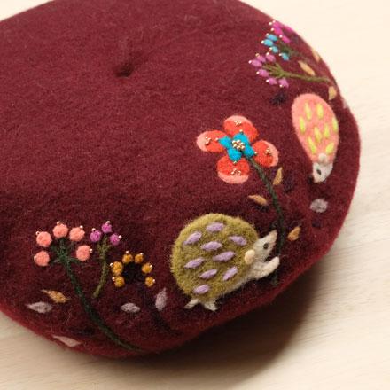 はねつきりんごアップリケベレー帽はりねずみ京阪神zakkaマルシェ
