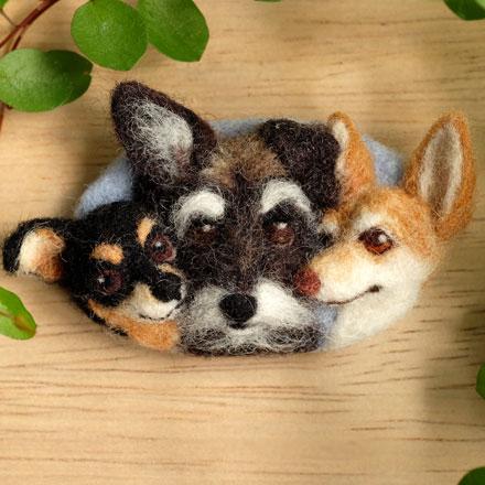 はねつきりんご羊毛フェルトオーダーわんこMIX犬トリオフェイスワッペン