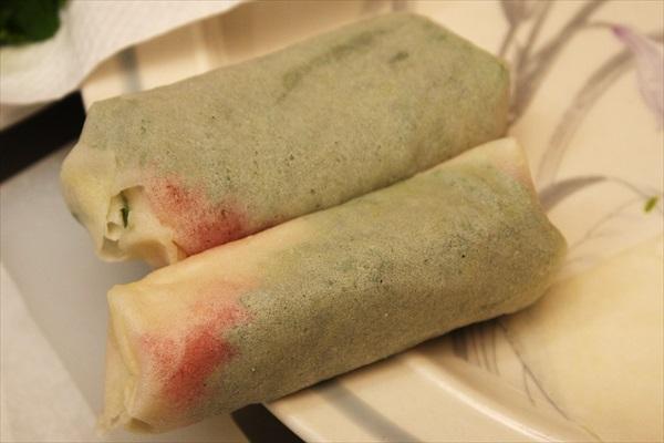 パクチー、大葉入りお豆腐の春巻き