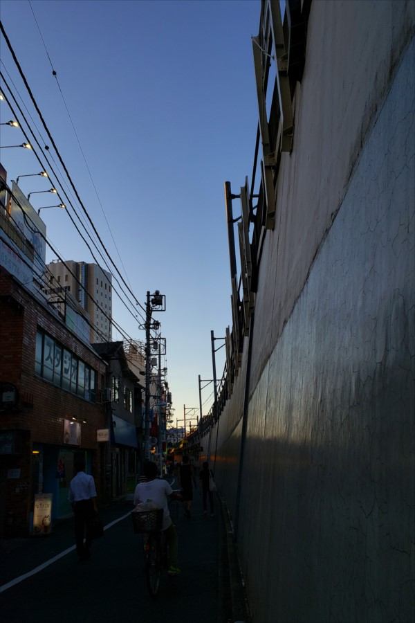 西新宿から新大久保へ