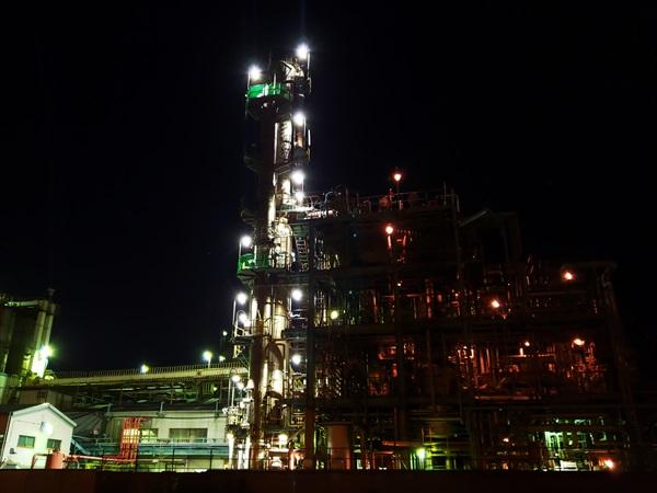 深夜の工場萌え