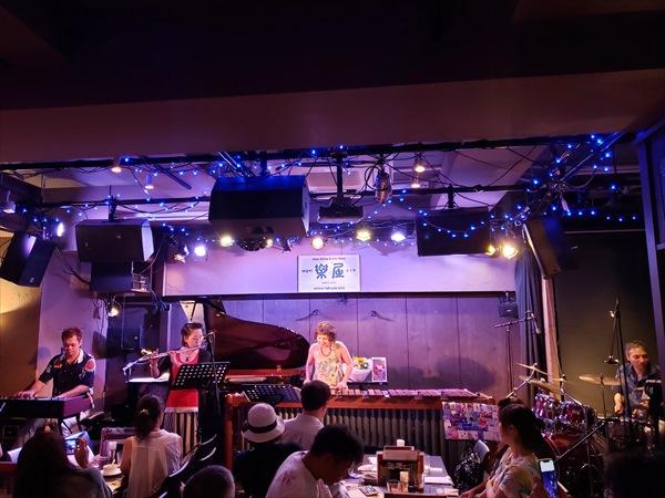 亀井恵ライブ