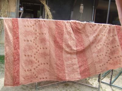 インドで染めた布1