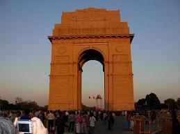 夕方のインド門