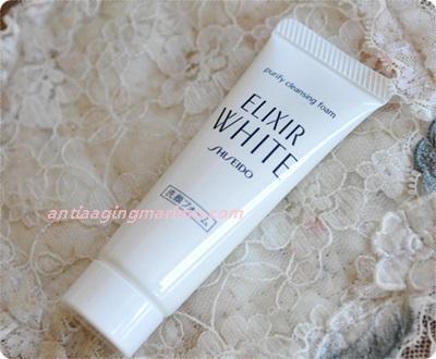 400エリクシールホワイト洗顔フォーム.JPG