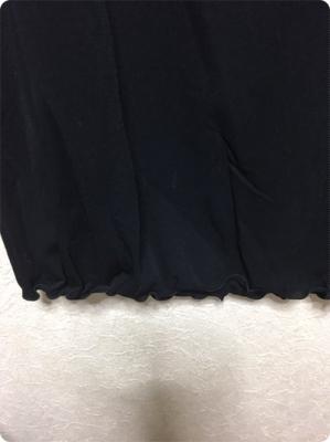 500黒カットソー裾部分.JPG