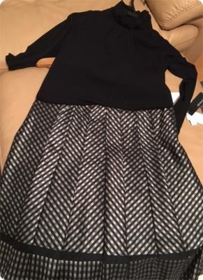 500黒白スカートとカットソー.JPG