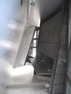 玄関開き戸2