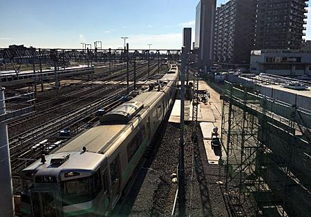 歩道橋から見た苗穂駅