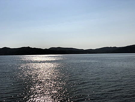 船の上から見た礼文島