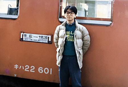列車の前での記念写真